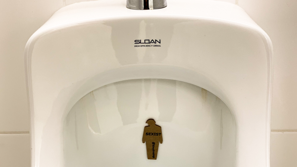 'Sexist' tiny trump literally in a urinal